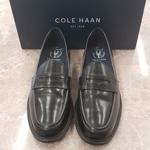 New/dis | COLE HAAN